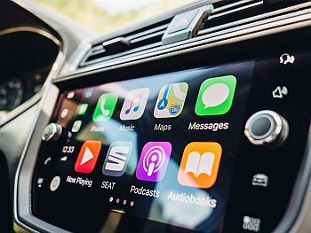 Apple maps and Siri will combine to let you report Problems on the road
