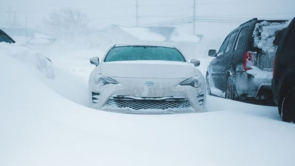 Car is stuck in snow? Try these tips to get out