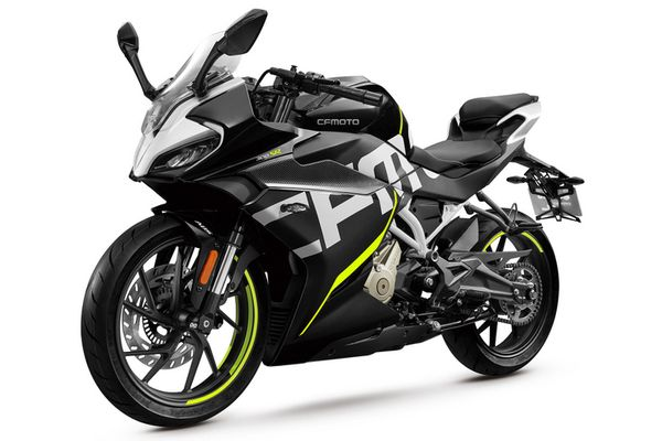 CF Moto 300 SR price and features